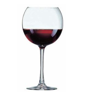 vino in bottiglia rosso